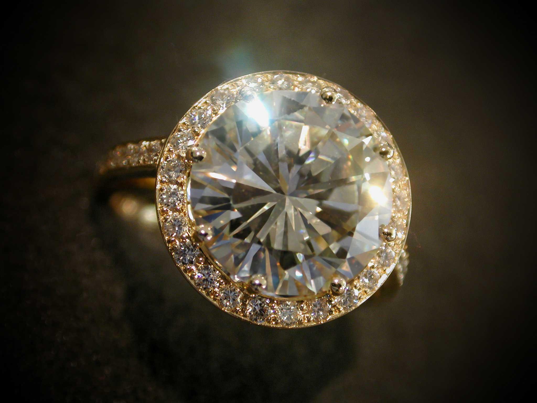 Brillantring Brillant 5,12 ct., Top Crystal
